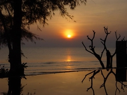 sunrise on the gulf of Siam,  Khao Takiup